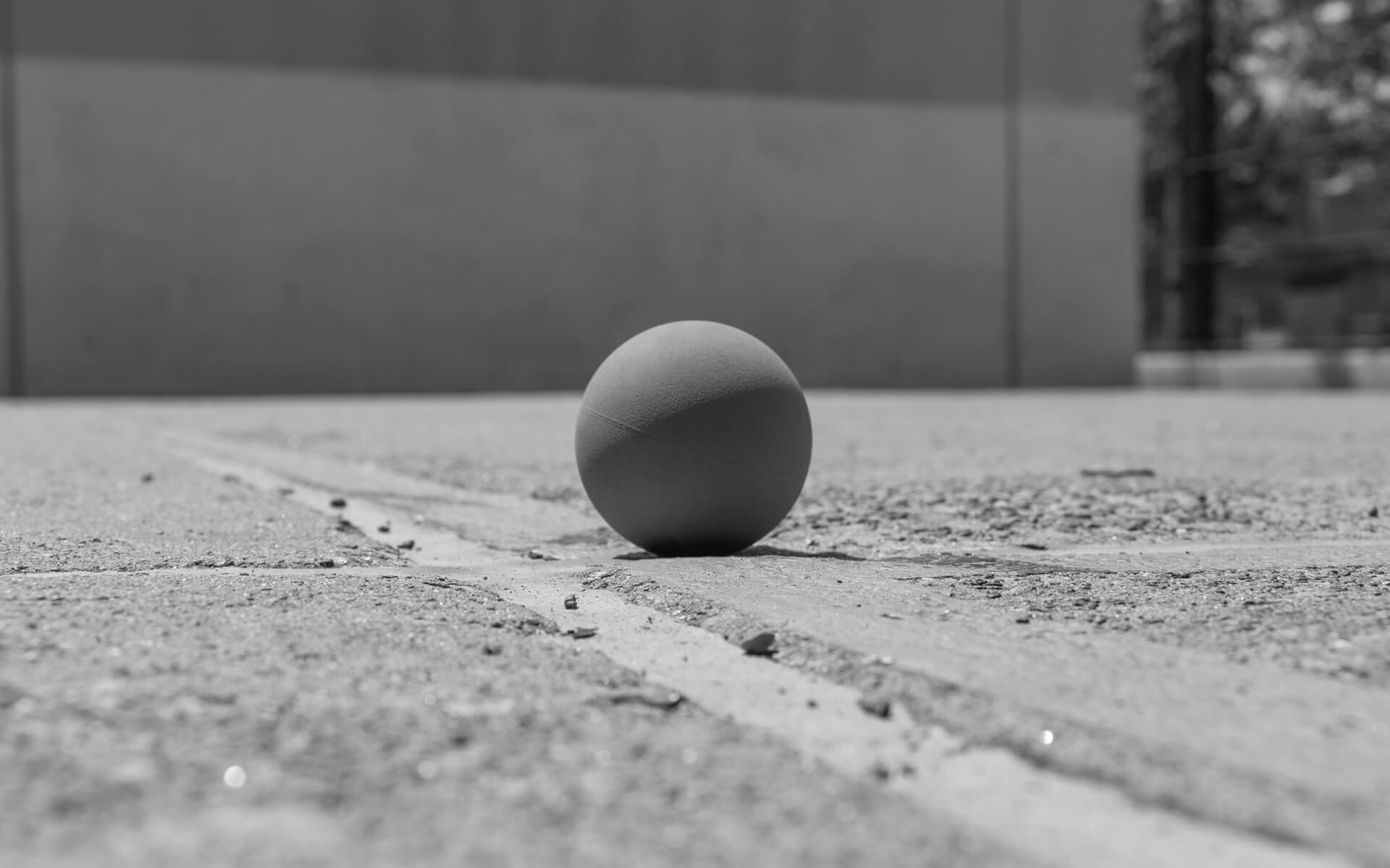 ball no hand bw 1920sm